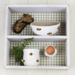 3 piece ceramic set bee design