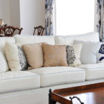 Lovely white Doffie sofa